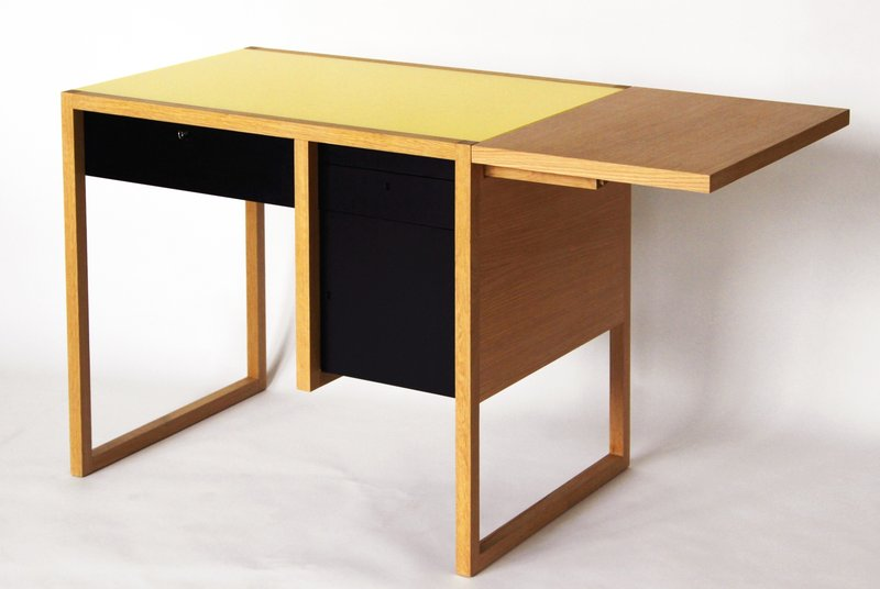 josef-albers-writing-desk-800x800.JPG