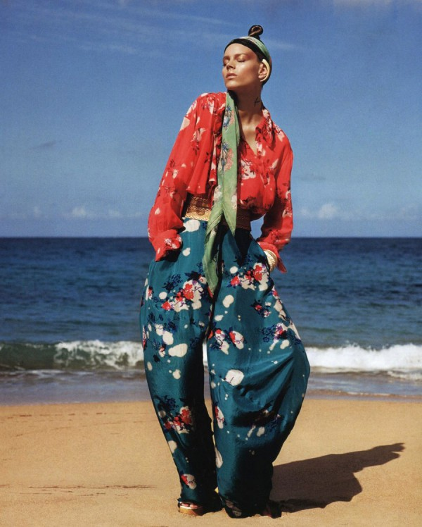 camillafrancesprintsposts: Vogue Japan July '11