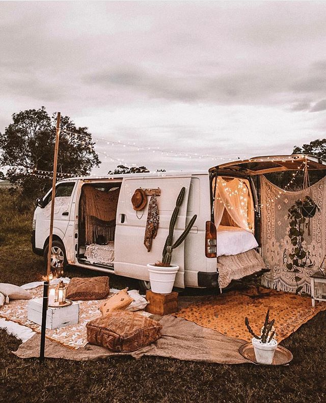 We'd gladly run away + live the rest of our days out on the road if it looked like this... ✌︎⋒ Who's with us ?! ✨ // dream van setup via @spell