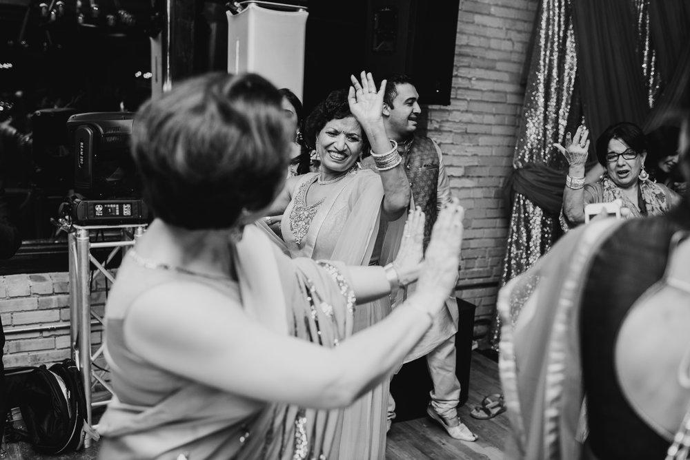 Minneapolis-Indian-Wedding-Steena-Anne142.jpg