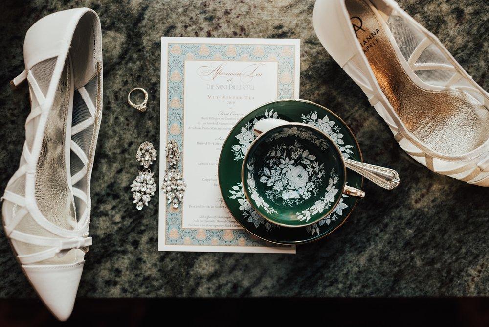 Steena-Anne-Photography-Frances-Ben-St-Paul-Library-Wedding-23.jpg