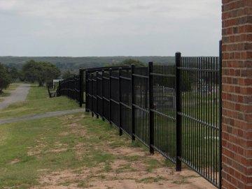 fence_3a.jpg