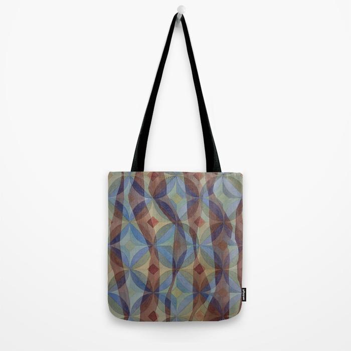 kelp264940-bags.jpg