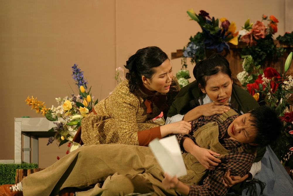 Hong Kong School Drama Festival 2004/05 (English Section) (2005)