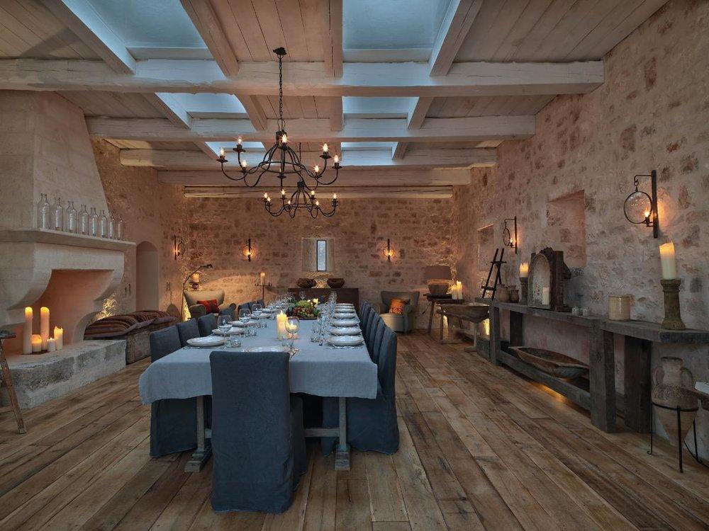 dining area2.jpg
