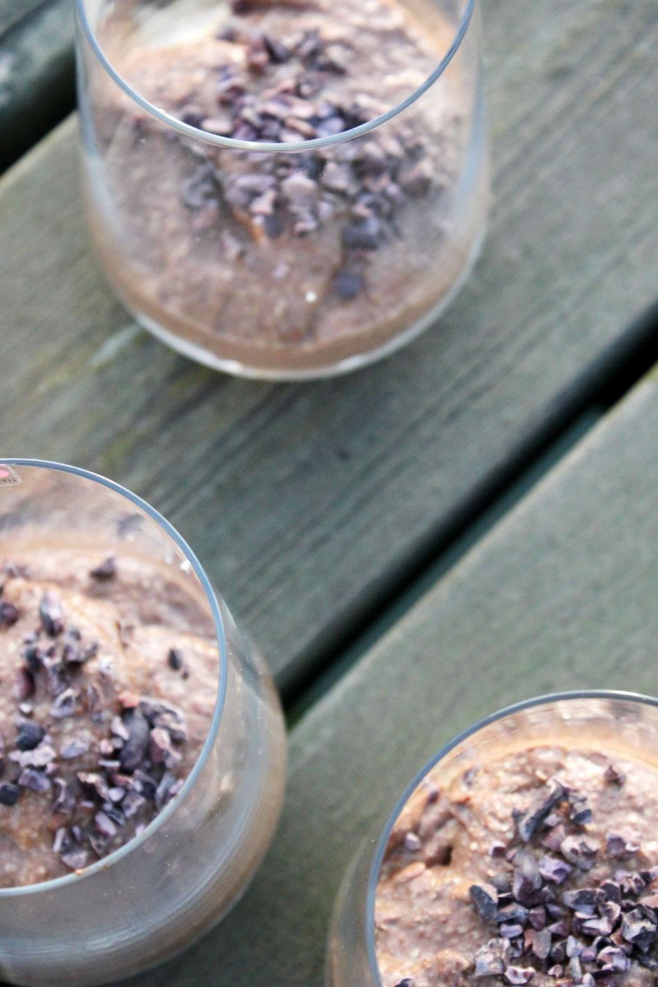 Pellavavanukas suomalaiseen makuun suklaalla, kahvilla ja lakritsilla.