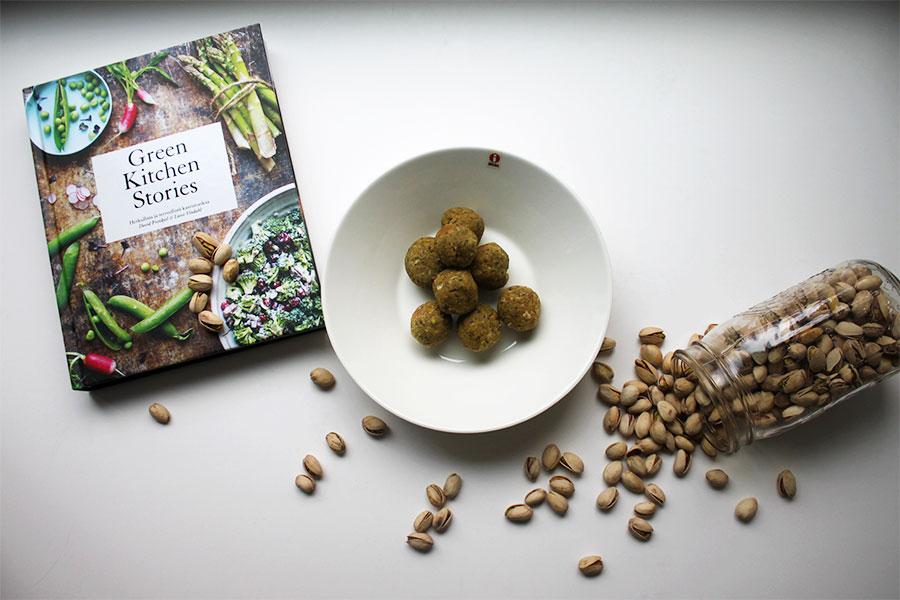 Yrittipistaasifalafelit  Green Kitchen Stories  -kirjasta.