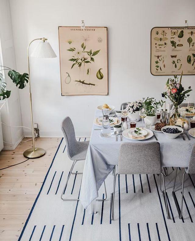 It looks like Spring! Beautiful dinner decoration @rosendahlcph @scandinaviastandard
