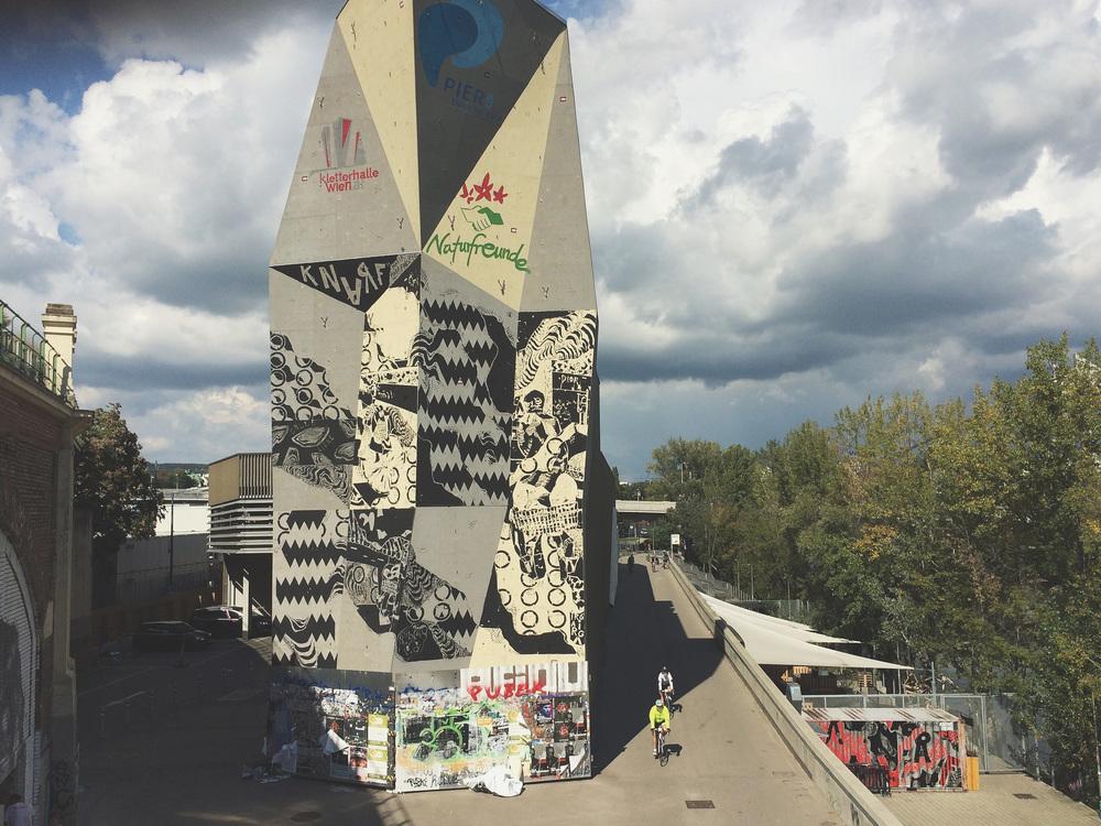 KNARF in Spittelau, Vienna // Support Calle Libre
