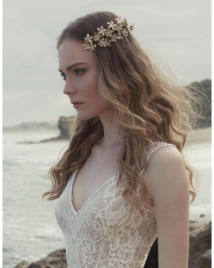 keren-wolf-delicate-reverse-flower-crown.jpg