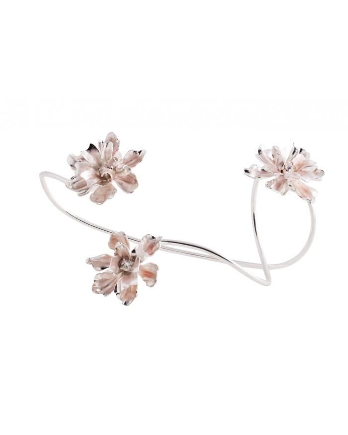 keren-wolf-delicate-flower-ring-cuff.jpg