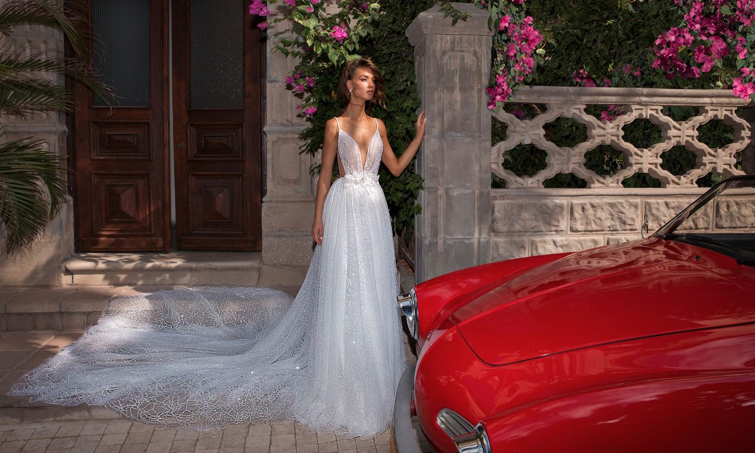 Helen Rodrigues - Luxury Bridal Gowns and Dresses