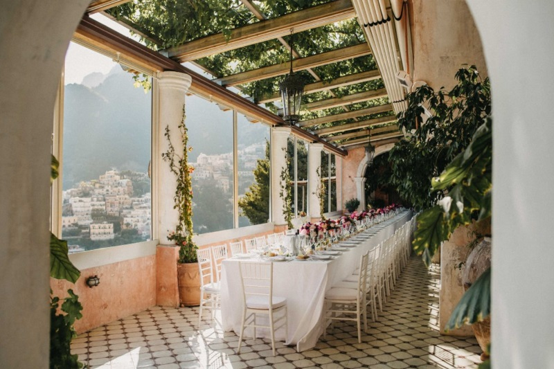 HR Real Bride Tiarne, planned her entire Positano wedding herself drawing inspiration from Instagram and Pinterest