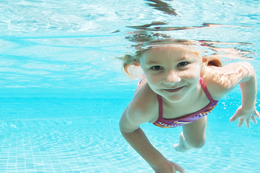 Kids Swimming Underwater swim well swim school - perth's premier swim school