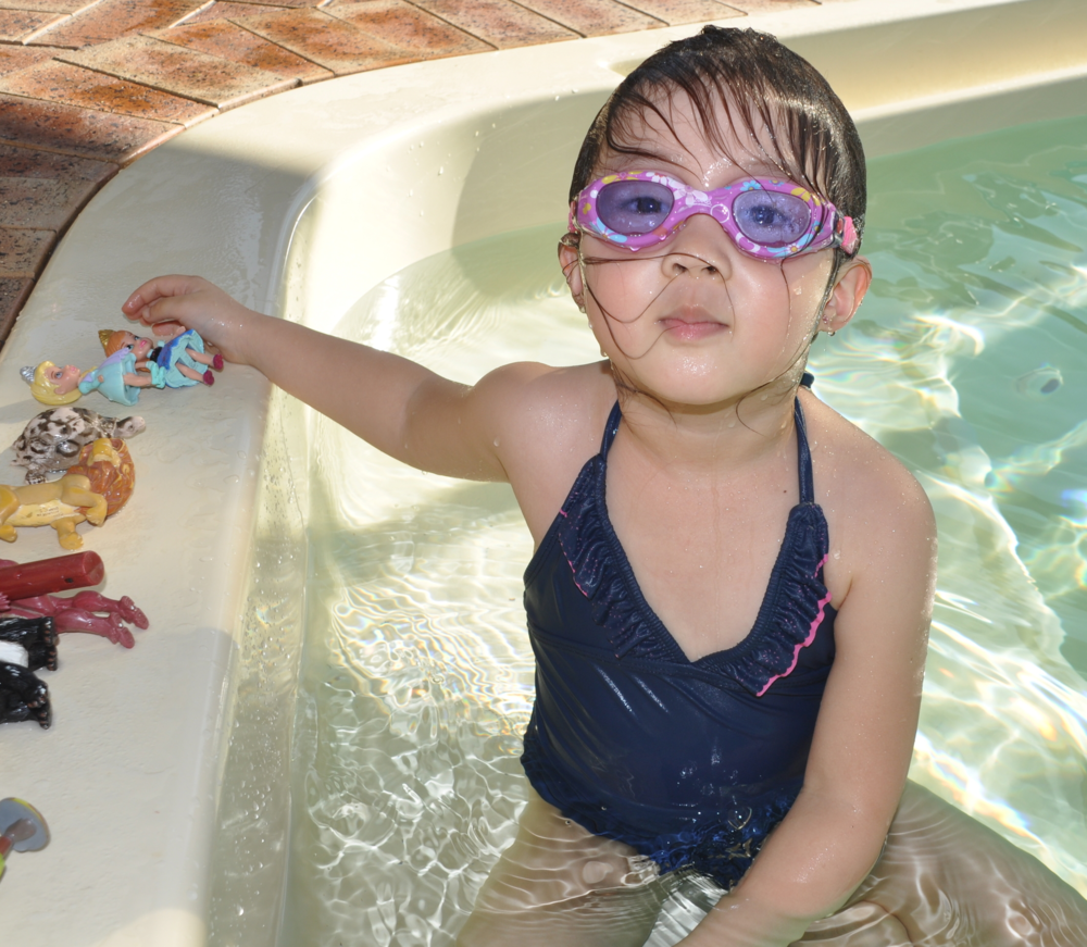 Having fun with swimwell's sinking toys