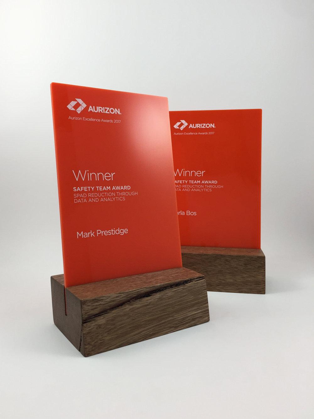 aurizon-acrylic-wood-corporate-trophy-award-01.jpg