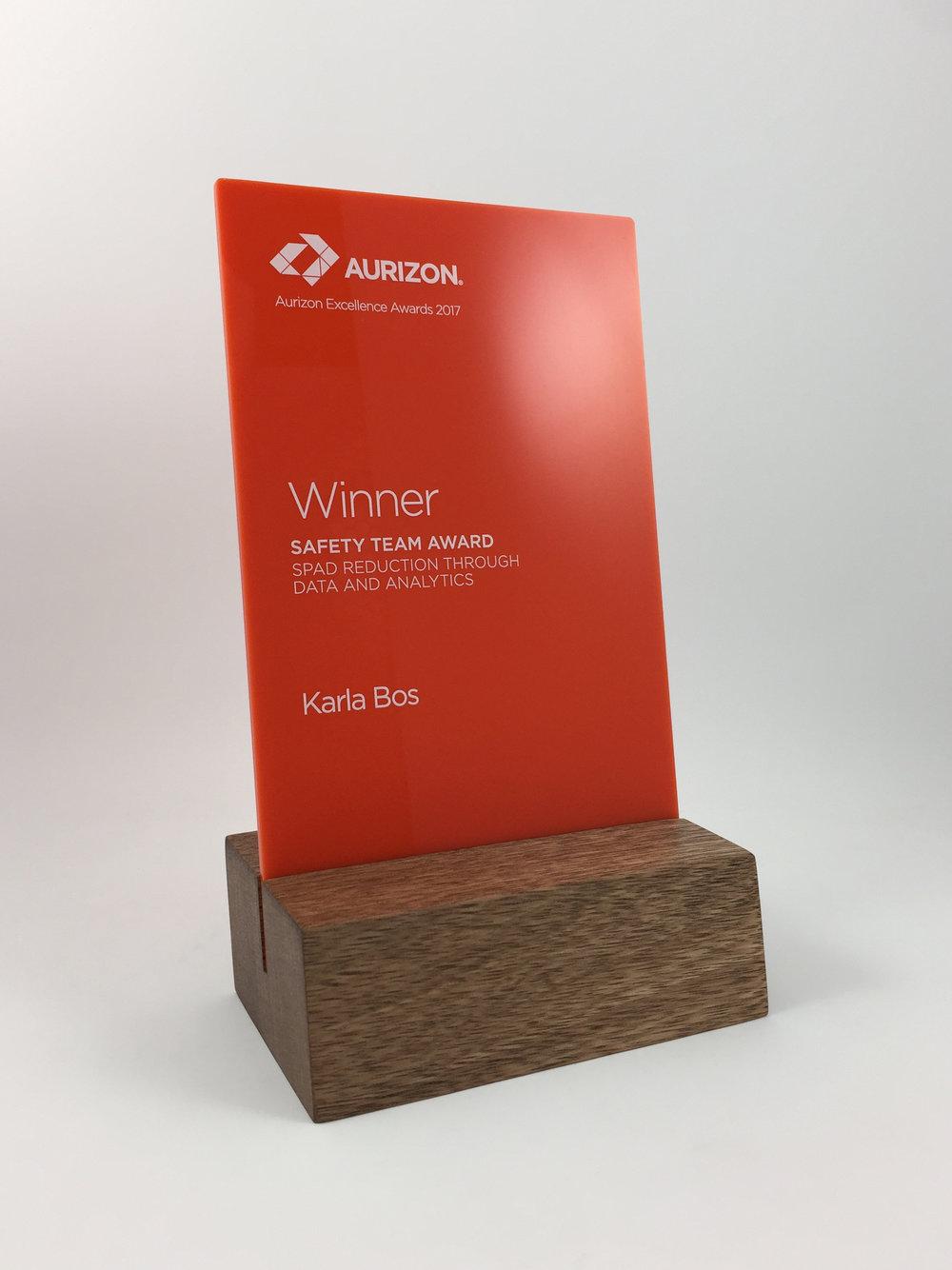 aurizon-acrylic-wood-corporate-trophy-award-04.jpg