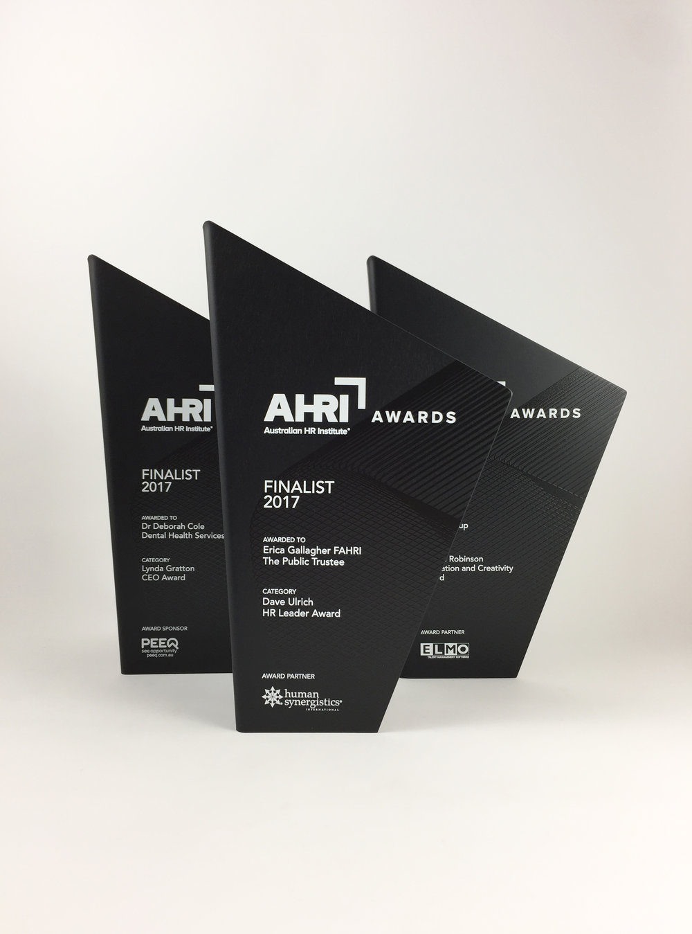 AHRI-aluminium-graphic-trophy-award-02.jpg