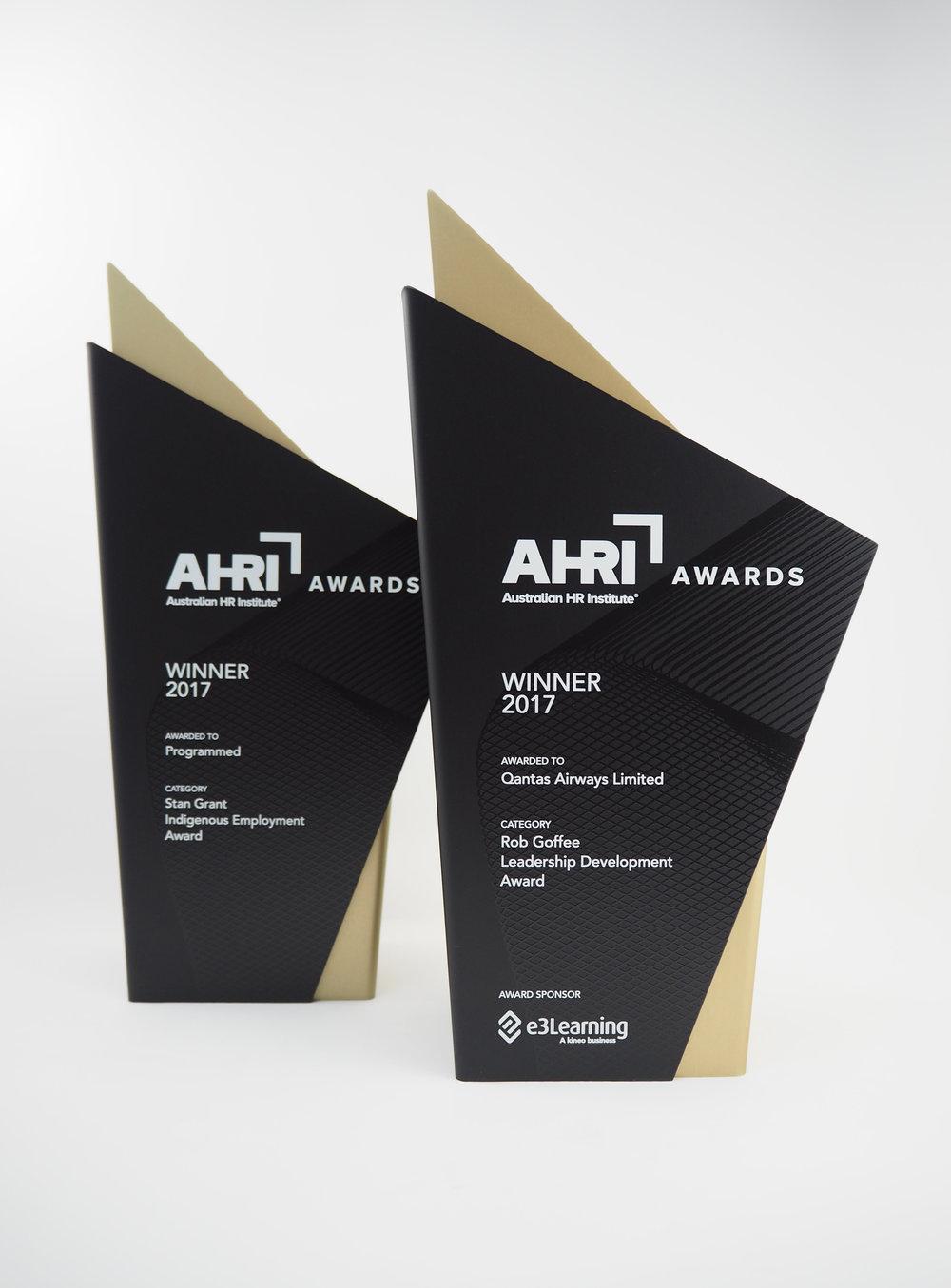 AHRI-aluminium-graphic-trophy-award-07.jpg