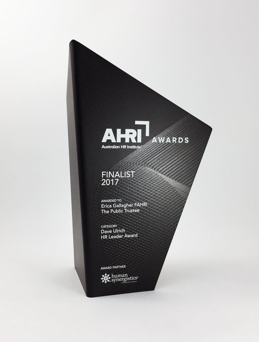 AHRI-aluminium-graphic-trophy-award-01.jpg
