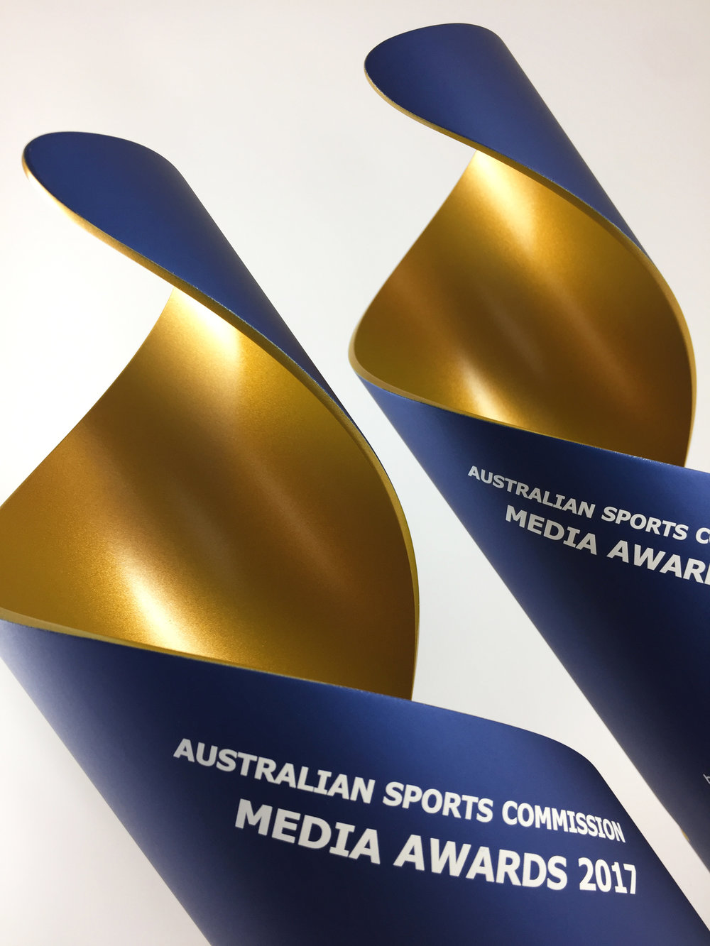 Australian-sporting-commission-media-awards-aluminium-thropy-05.jpg