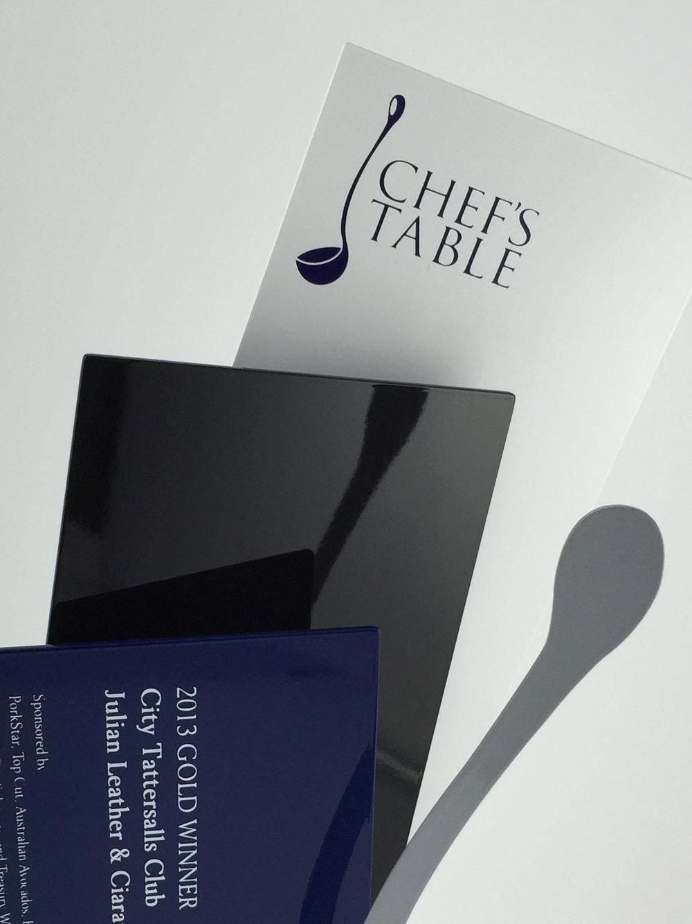 Chefs-table-aluminium-trohpy-award-04.jpg