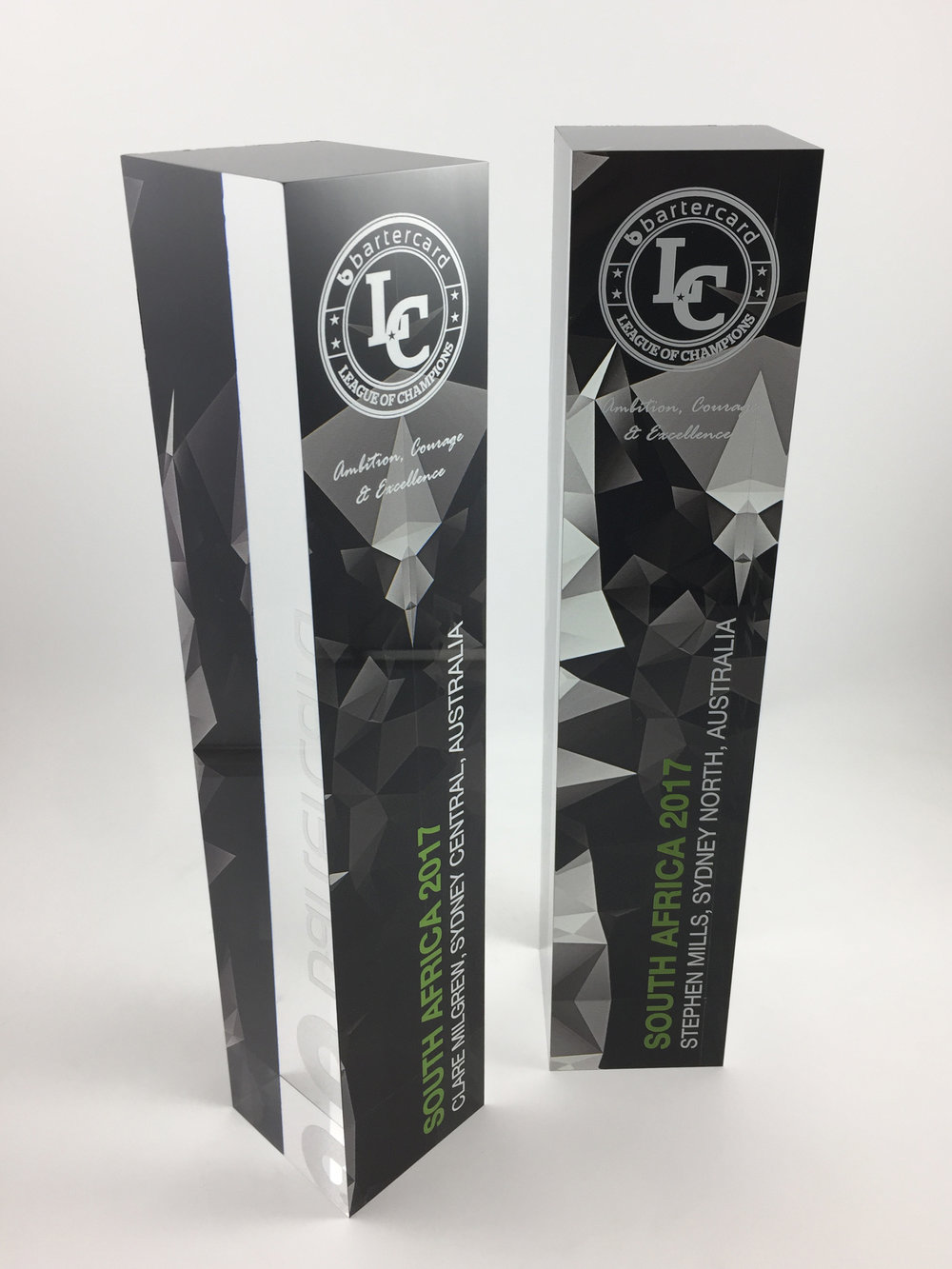 bartercard-acrylic-awards-trophy-01.jpg