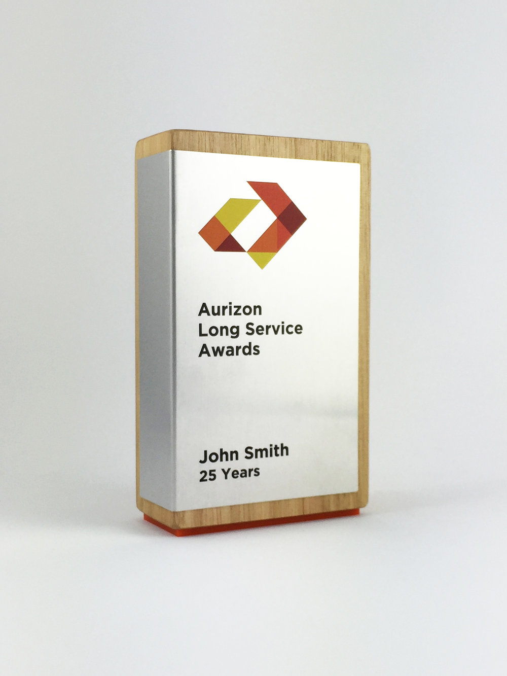 aurizon-recognition-awards-timber-cube-metal-trophy-03.jpg