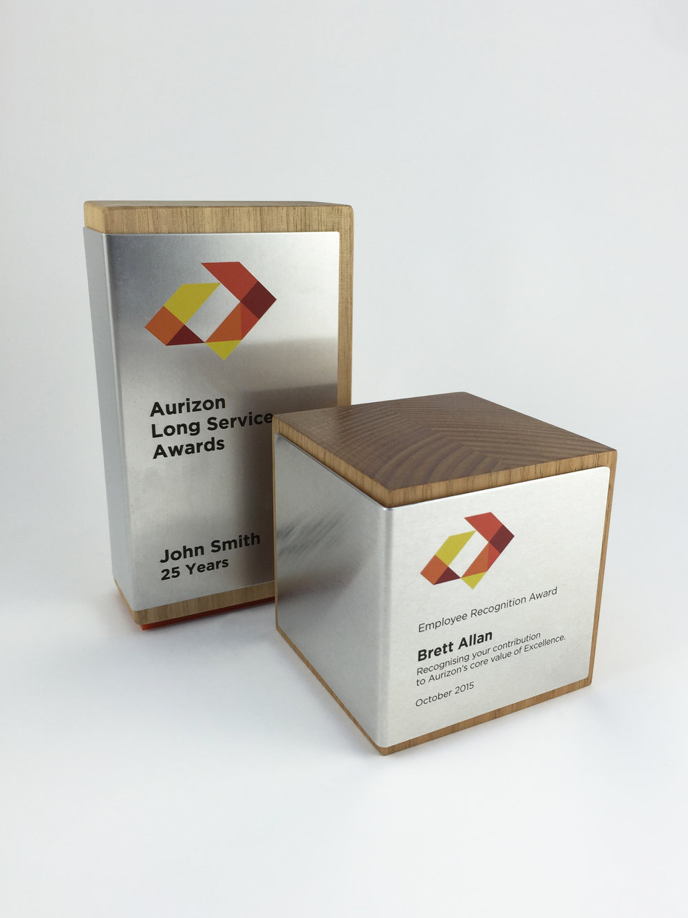 aurizon-recognition-awards-timber-cube-metal-trophy-02.jpg