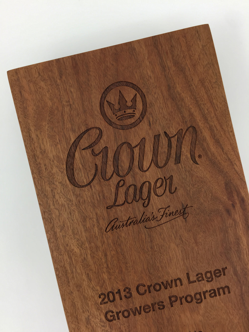 crown-lager-plaque-eco-timber-engraved-awards-trophy-02.jpg