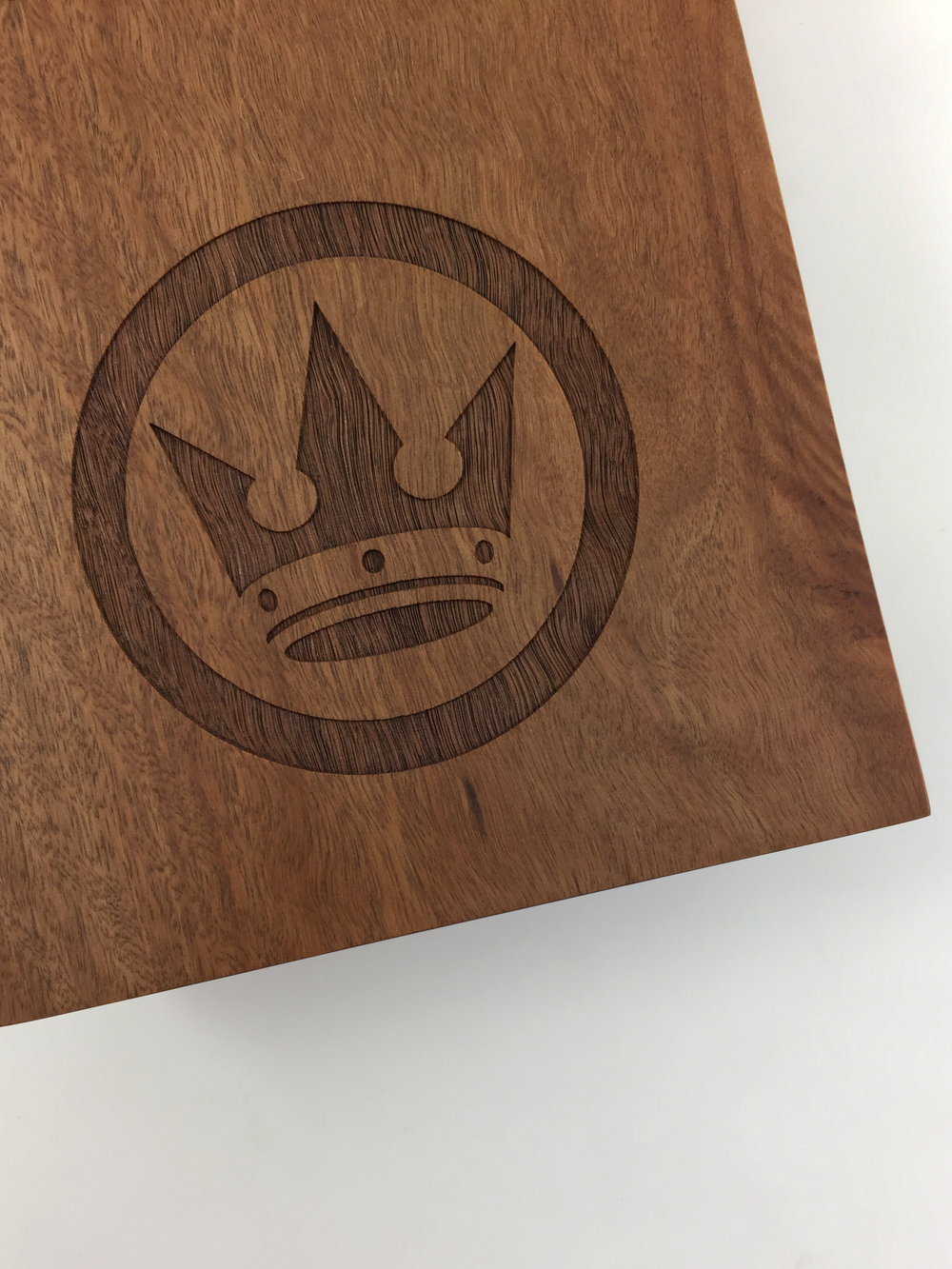 crown-lager-plaque-eco-timber-engraved-awards-trophy-03.jpg