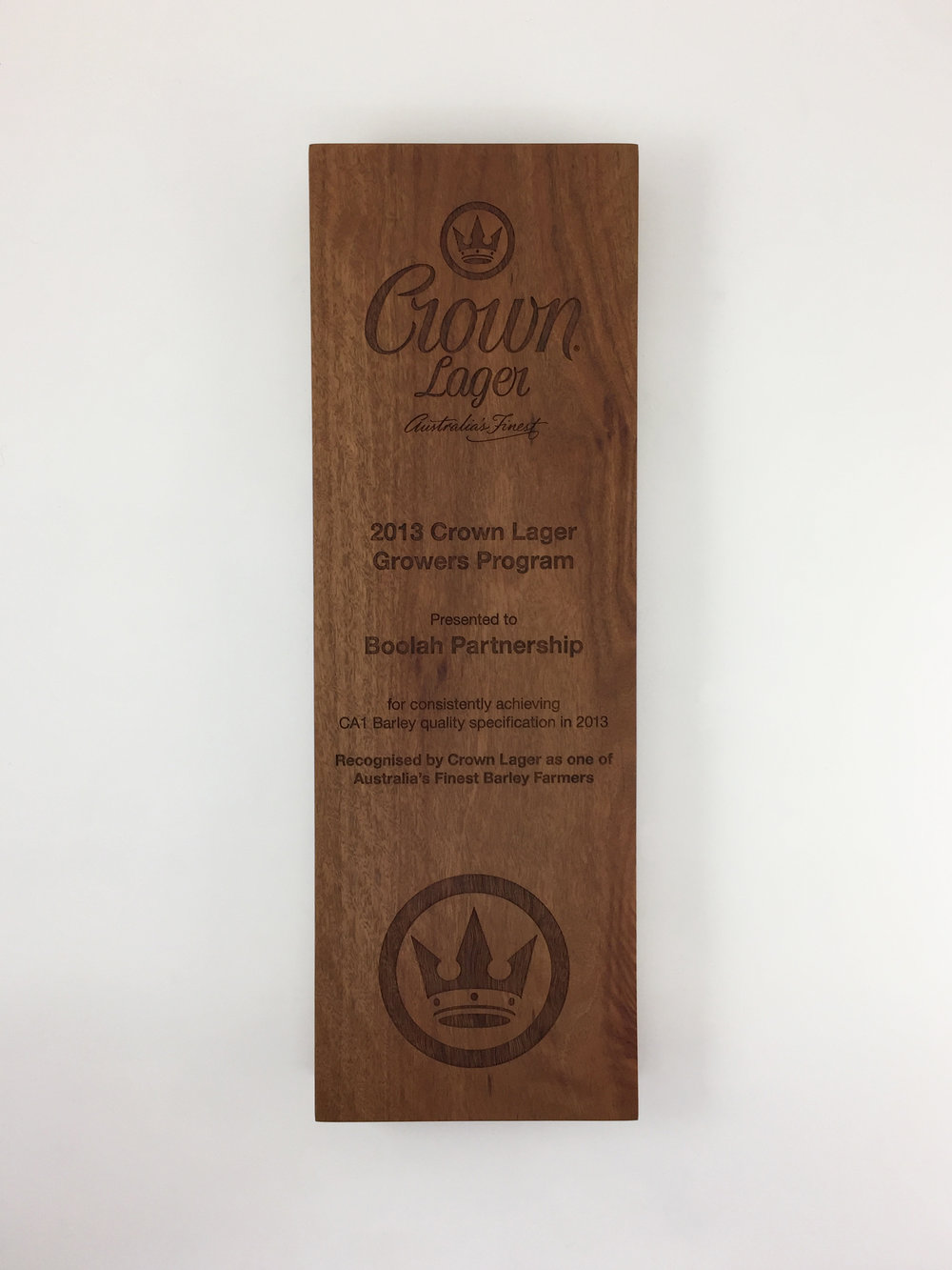 crown-lager-plaque-eco-timber-engraved-awards-trophy-01.jpg