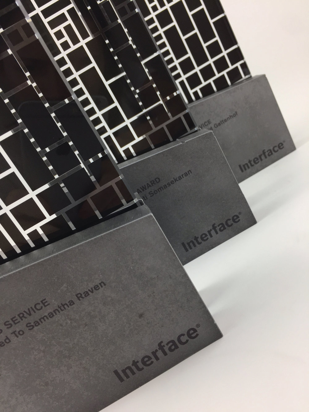 interface-awards-metal-glass-graphic-art-trophy-04.jpg