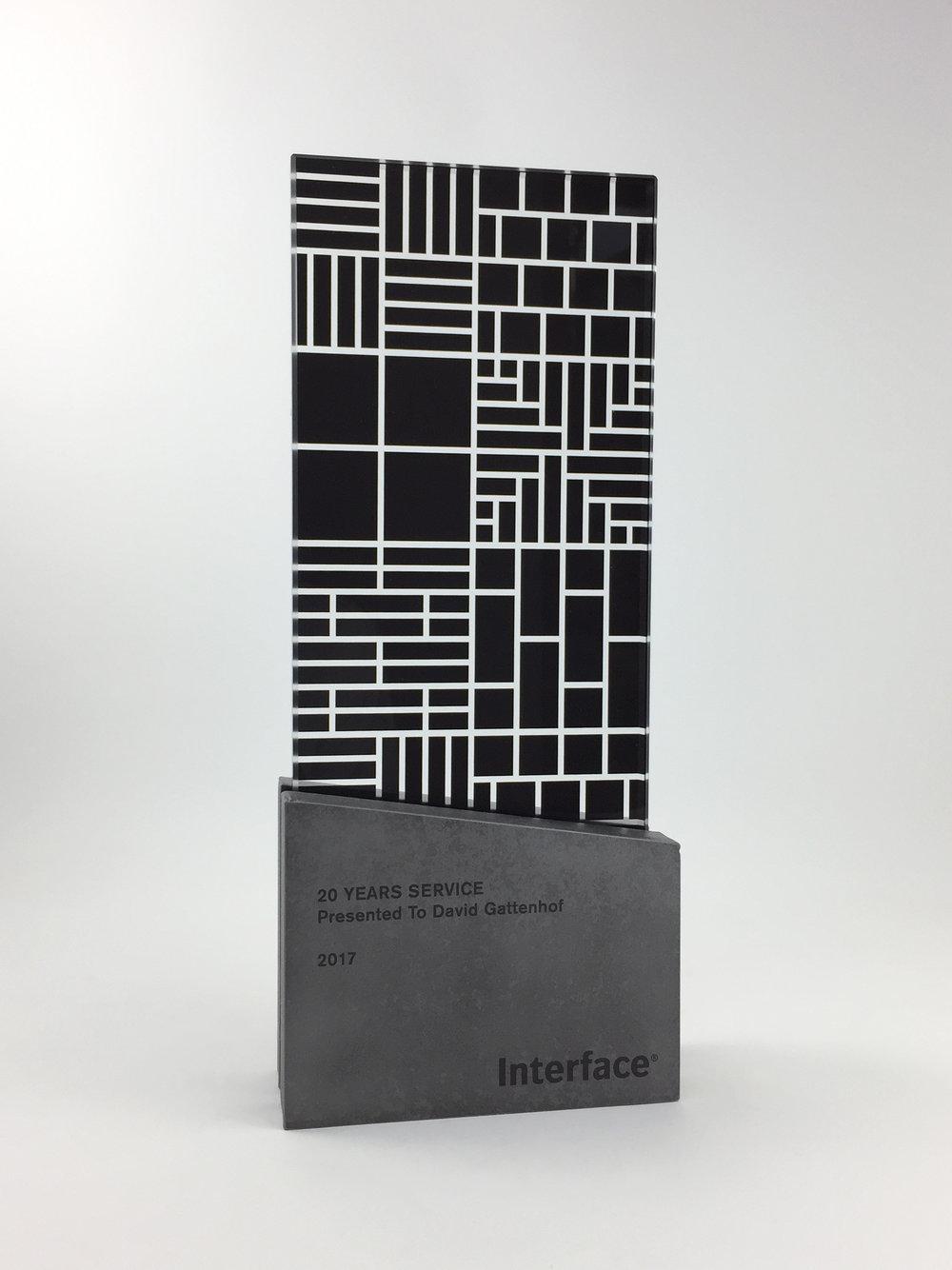 interface-awards-metal-glass-graphic-art-trophy-06.jpg