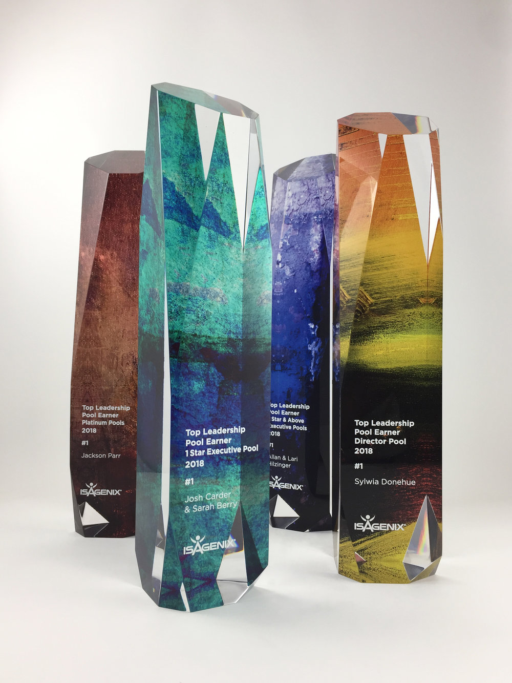isagenix-leadershippool-acrylic-art-trophy-award-01.jpg