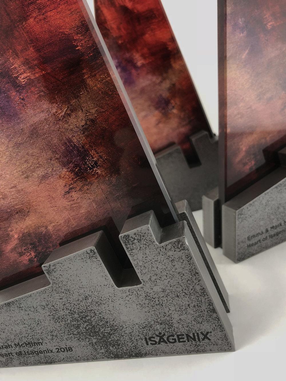 Heart-of-Isagenix-metal-glass-art-award-sculpture-trophy-03.jpg