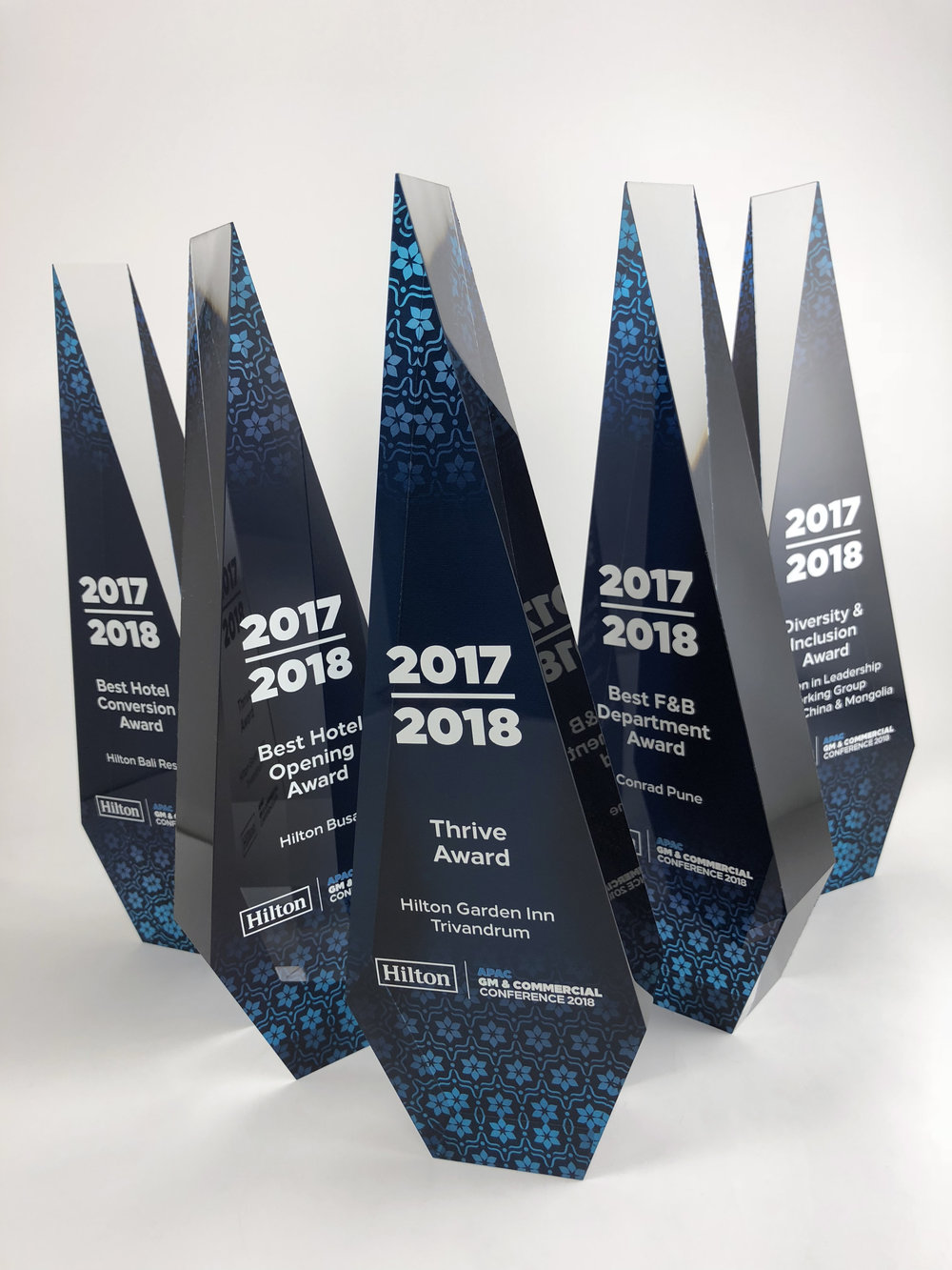 hilton-apac-awards-acrylic-trophy-05.jpg
