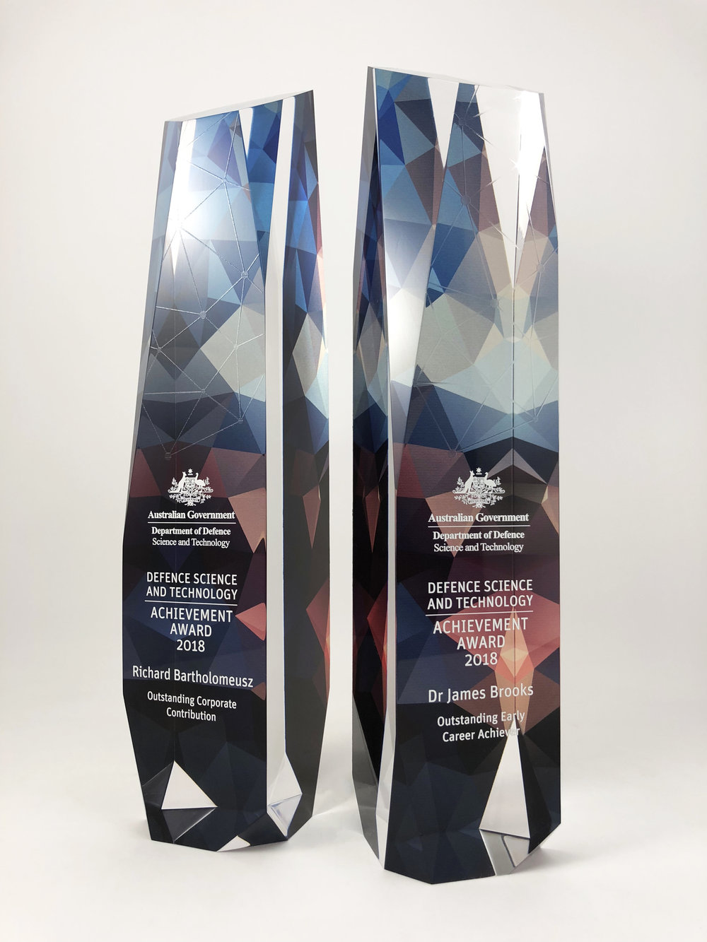 australian-defence-science-technology-achievement-awards-acrylic-trophy-06.jpg
