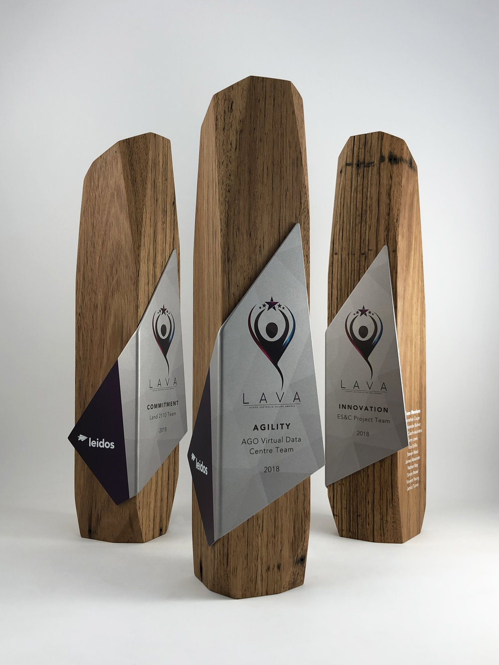 leidos-australia-values-awards-eco-reclaimed-timber-metal-trophy-01.jpg