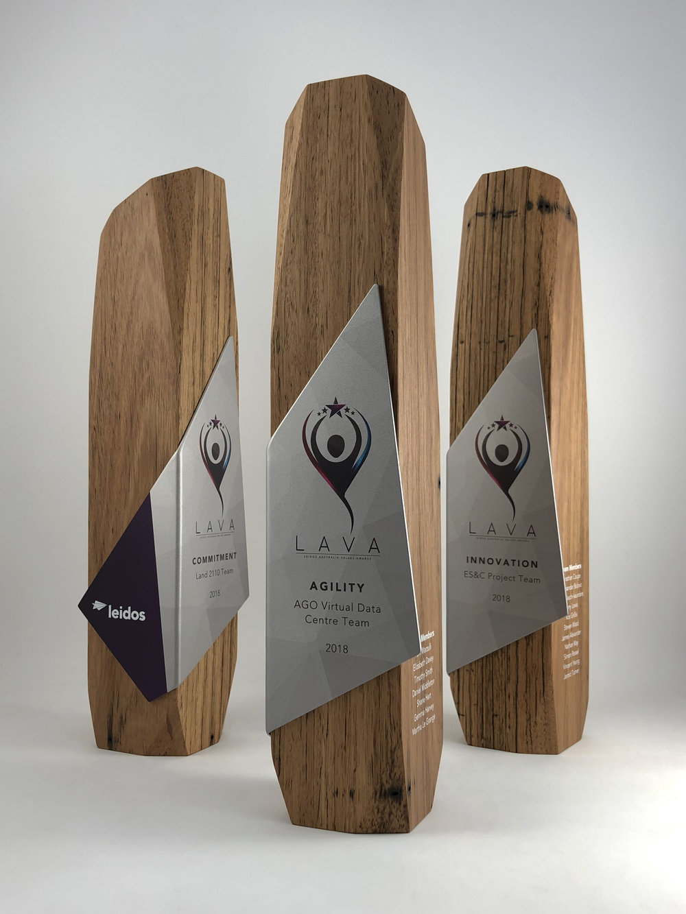 leidos-australia-values-awards-eco-reclaimed-timber-metal-trophy-02.jpg
