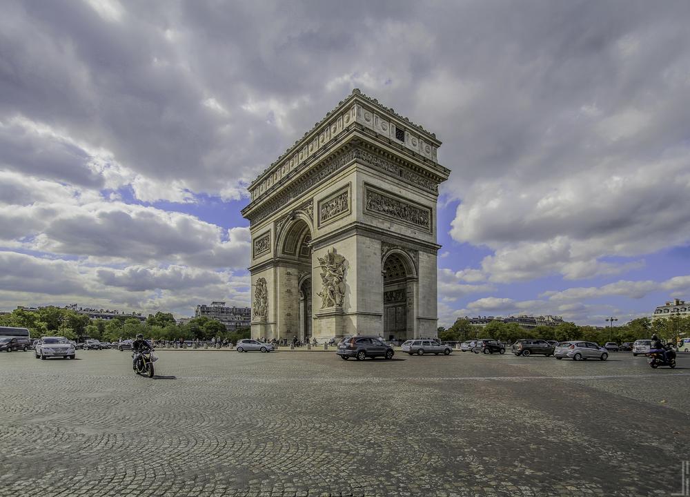 Arc de Triomphe Paris - Joris Bax - jbax.jpg