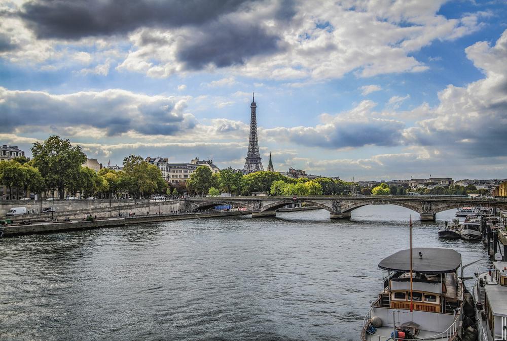 EiffeltorenSeine Paris - Joris Bax - jbax-2.jpg