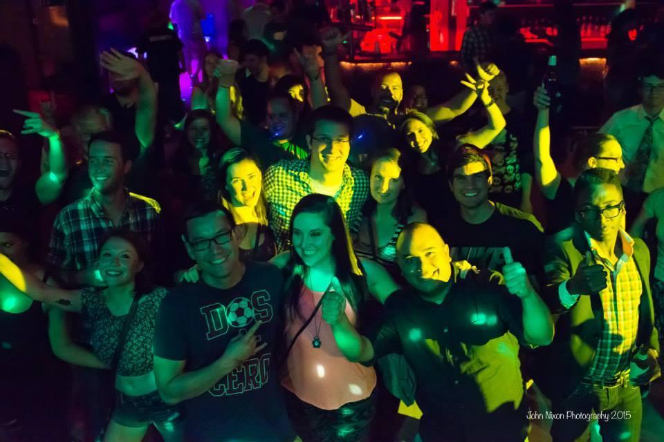 skullys crowd.jpg