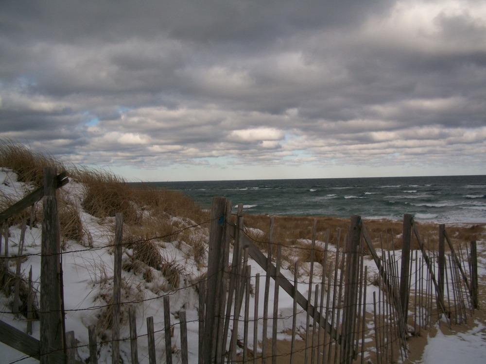 The beach in winter: a series.