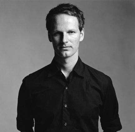 Hi Joachim Trier! I would like to write you a very sincere letter soon.   You're the best,   Elisabeth