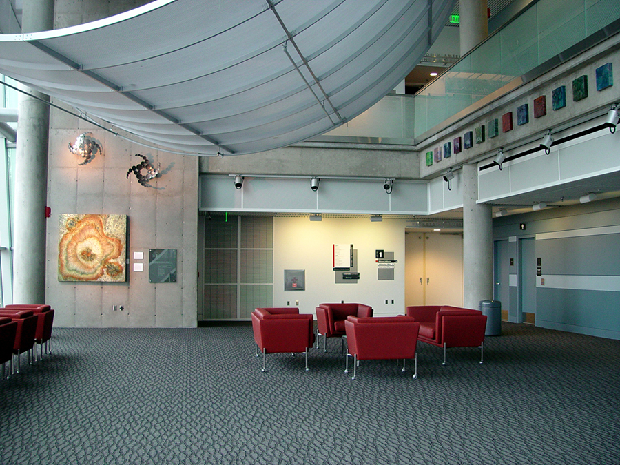 Denver Museum of Nature and Science 2006.jpg
