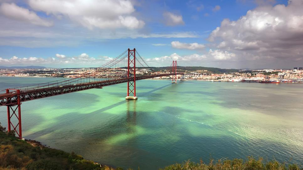 25 de Abril Bridge     Photo: travelchannel.com