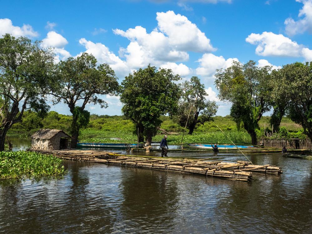 siem_reap_battambang_boat_cambodia-14.jpg