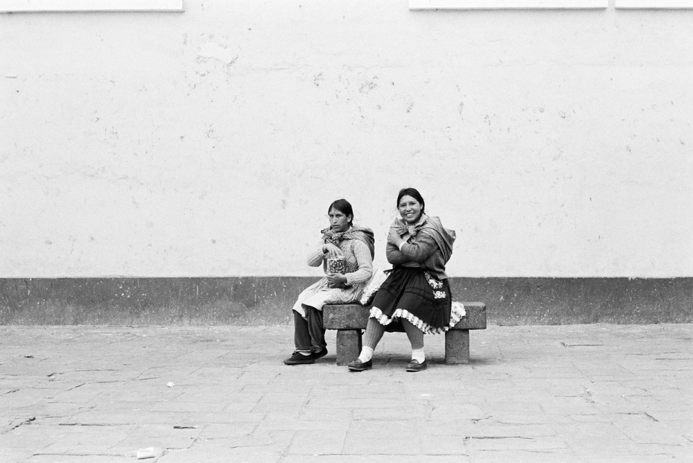 cholitas - alexis dubourdieu.jpg