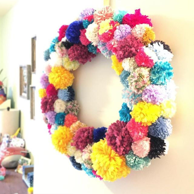 Over the past several months, I have been trying little by little to use up extra craft supplies I have lying around. This wreath cleared out a bunch of the yarn leftovers I had (but I still have MORE YARN—I think end to end the skeins could circle the 🌎😂!!!!). #craftroomcraziness #crafts #hobbylobbylife